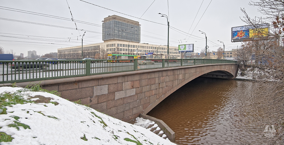 Komarov Bridge
