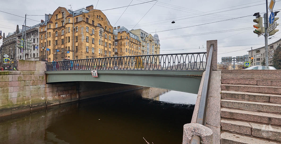 Petropavlovsky Bridge