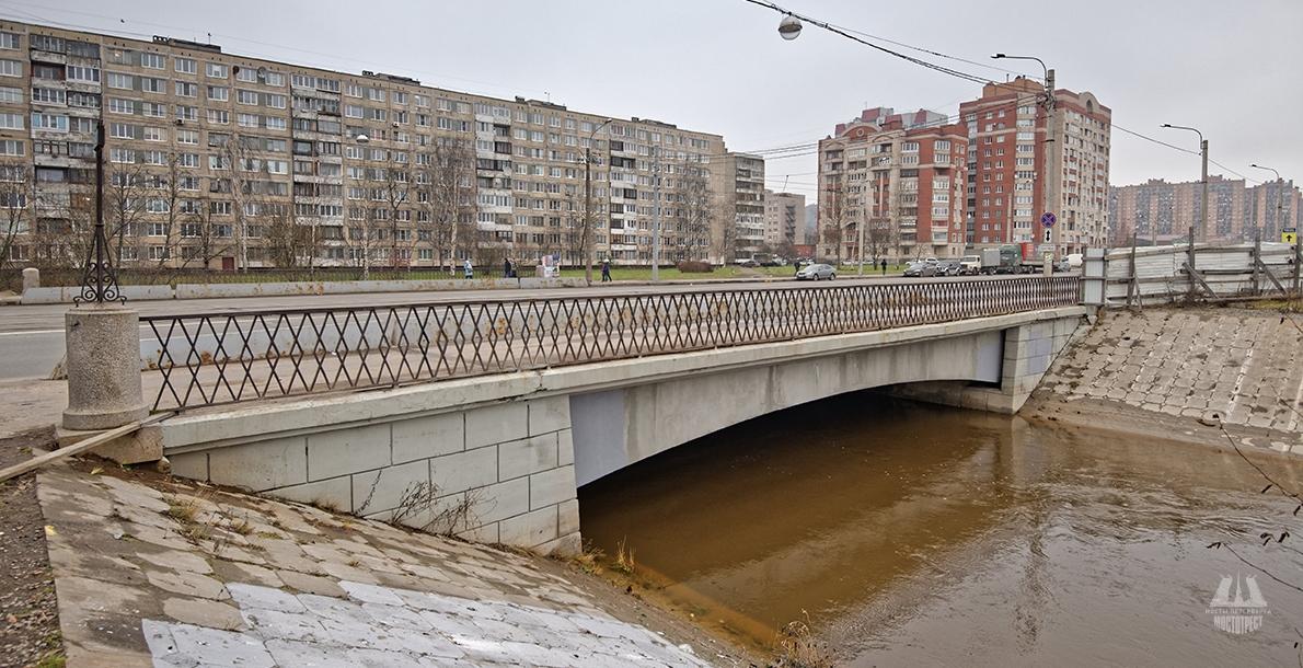 Dybenko Bridge