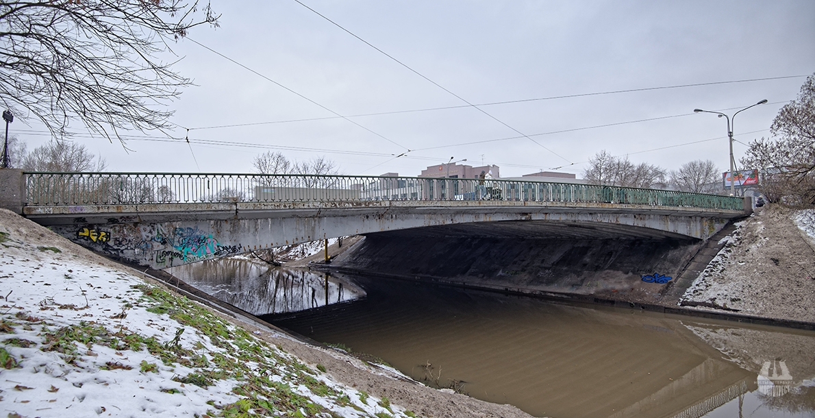 Zanevsky Bridge