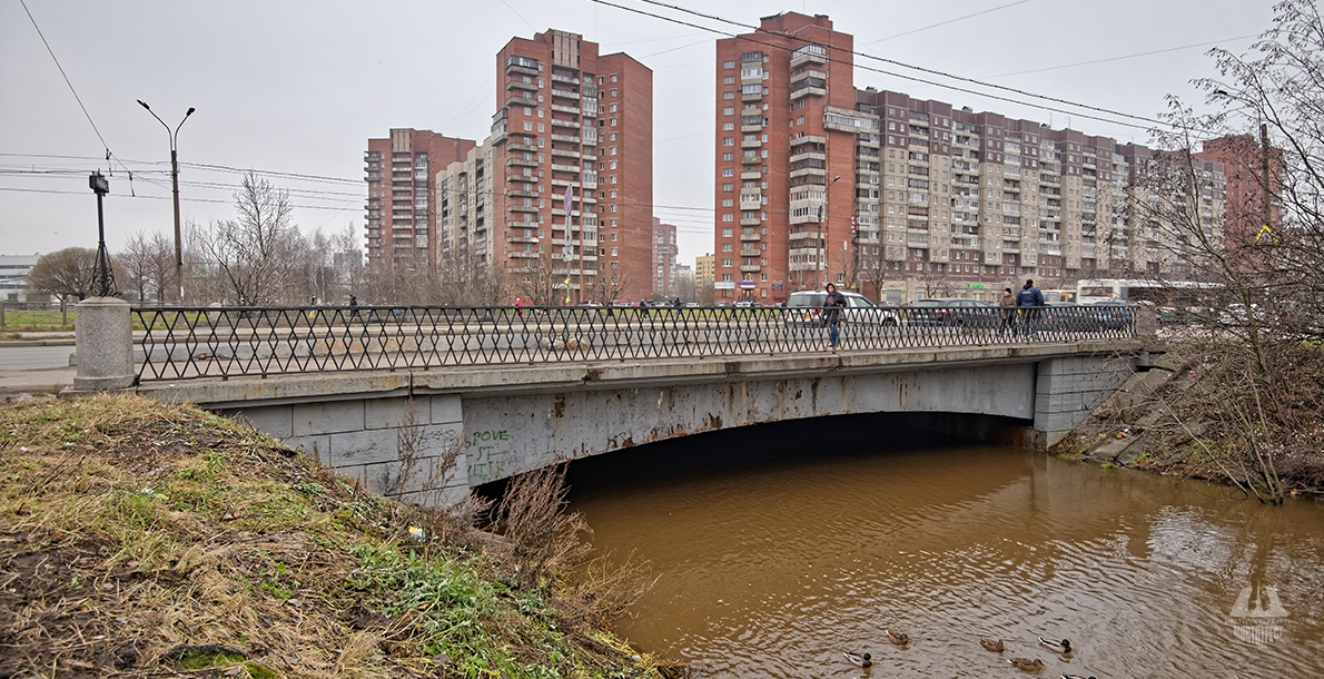 Kollontay Bridge