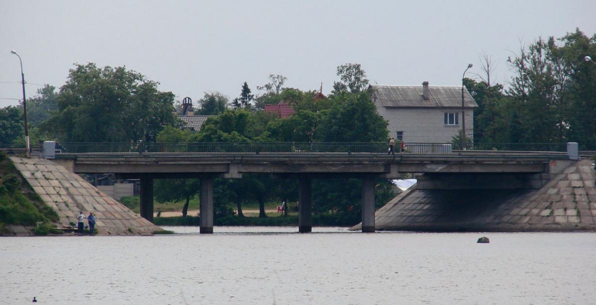 Ofitsersky Bridge