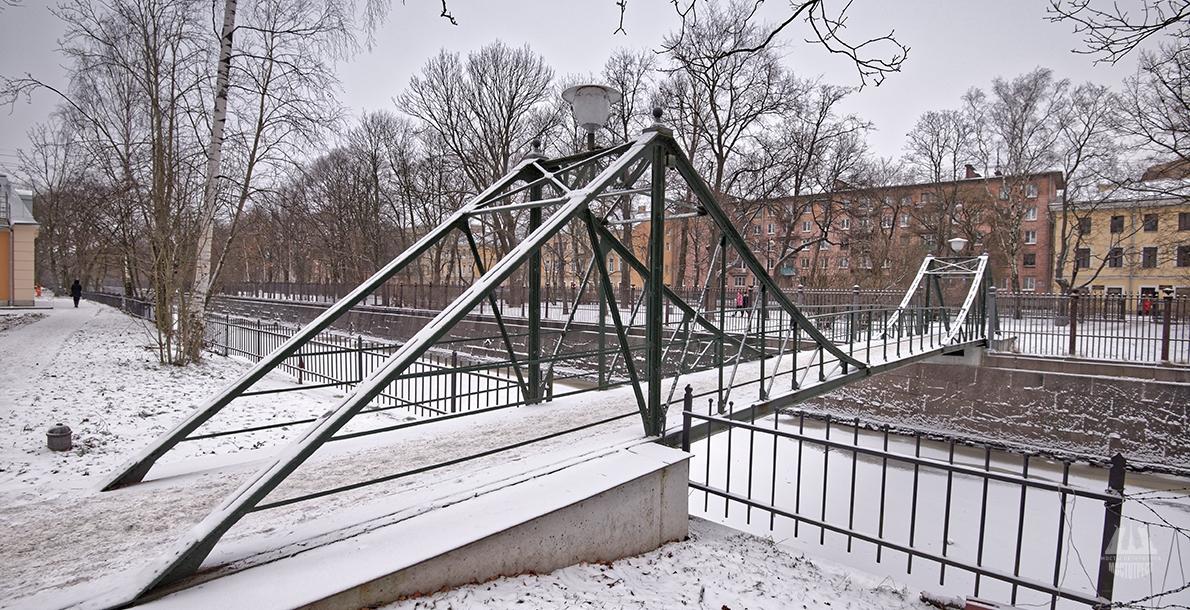 Parusny Bridge