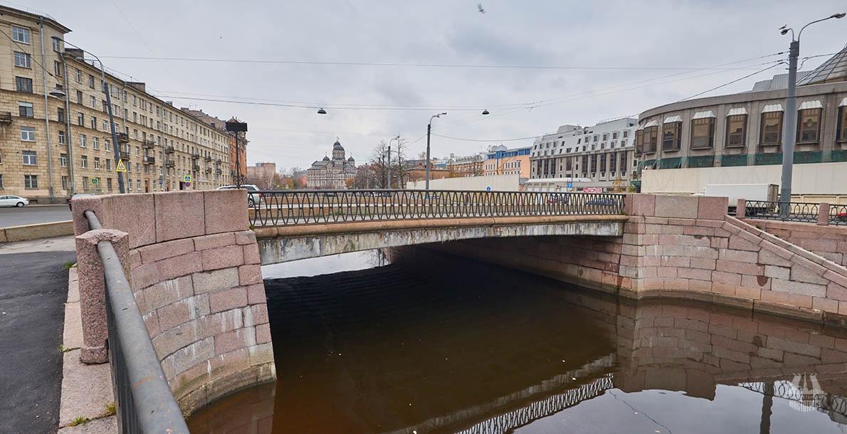 Geslerovsky Bridge