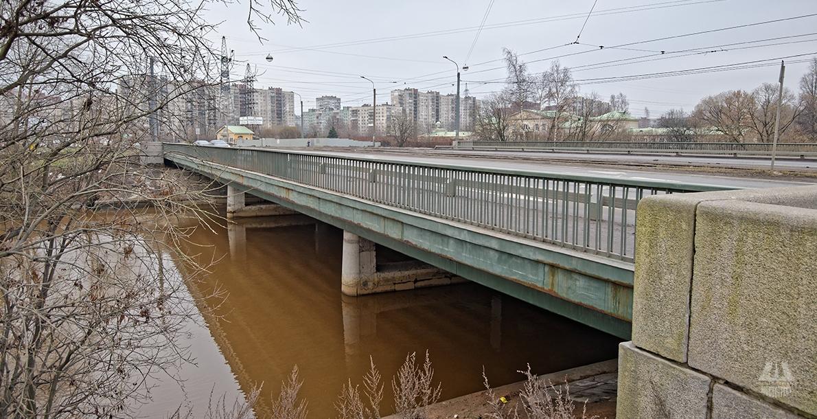 Irinovsky Highway Bridge