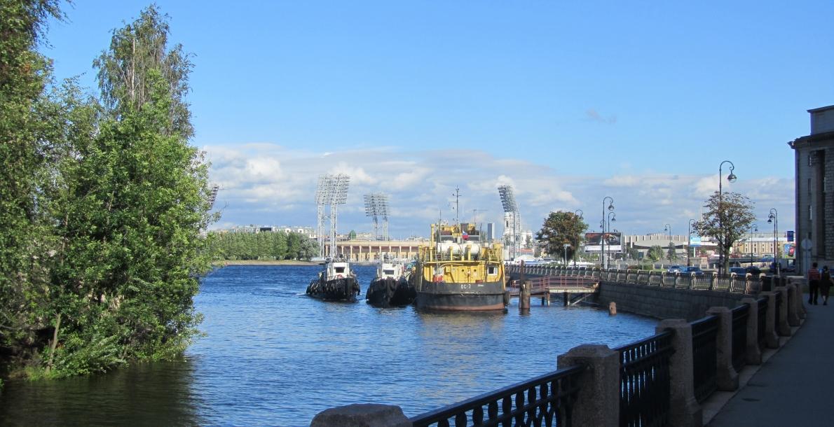 The Smolenka River Embankment
