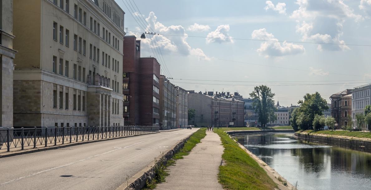 The Pryazhka River Embankment
