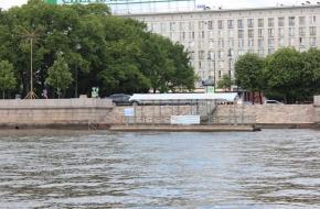 "Quay ""Petrovskaya Embankment"""